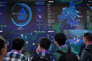Mỹ - Trung Quốc: 'Kẻ tám lạng, người nửa cân' trong cuộc đua AI