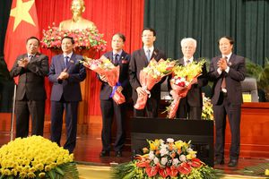 Hải Phòng bầu Phó chủ tịch UBND thành phố thay ông Lê Thanh Sơn sức khỏe yếu