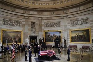 Đại sứ Hà Kim Ngọc dự lễ viếng cố Tổng thống Mỹ George H.W.Bush
