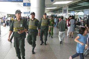 Nóng: Thêm một vụ hành khách tấn công tiếp viên hàng không