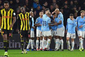 Watford 1-2 Man City: Sane, Mahrez lập chiến công