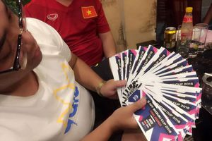 Sốt vé AFF Cup trận Việt Nam - Philippines: In vé giả bị xử lý thế nào?