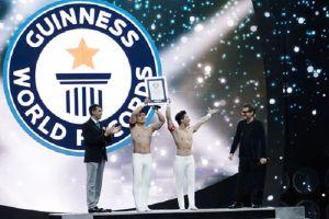 Quốc Cơ, Quốc Nghiệp xác lập kỷ lục Guinness Thế giới mới tại Italy