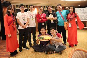 Đoàn thanh niên tiêu biểu Việt Nam mang thần thoại nước nhà đến với bạn bè quốc tế