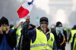 Phe 'áo vàng' tiếp tục đổ ra đường bất chấp việc chính phủ Pháp nhượng bộ