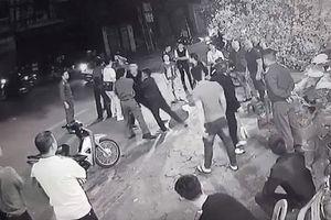 Can hai người đánh nhau, nam thanh niên bị đâm chết tại chỗ