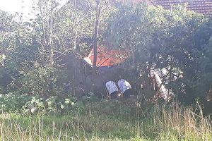 Phát hiện thi thể người đàn ông tử vong dưới ao nhà sau khi mâu thuẫn với hàng xóm