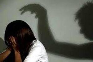 Đắk Lắk: Cha dượng giở trò đồi bại với con riêng của vợ