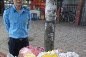 Hà Nội: Bé trai 5 tháng tuổi bị bỏ rơi ở bãi rác