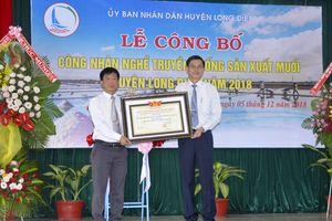Nghề muối Long Điền được công nhận nghề truyền thống