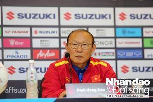 HLV Park Hang Seo chưa nghĩ đến trận chung kết, nhắc học trò cẩn thận trước Philippines