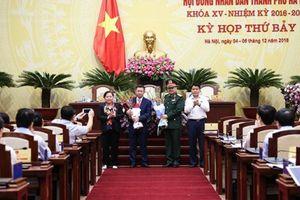 Hà Nội bầu bổ sung hai ủy viên UBND thành phố