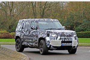 Bắt gặp nguyên mẫu Land Rover Defender 2020 hoàn toàn mới: đồ sộ và vuông vức