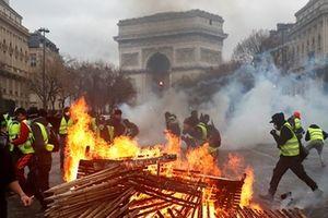 Biểu tình bạo loạn ở Pháp: Nhượng bộ thôi là chưa đủ