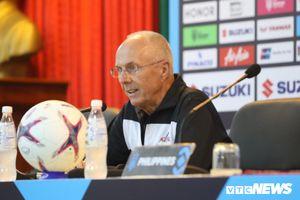 HLV Eriksson choáng ngợp trước truyền thông Việt Nam, ngỡ như đang dự World Cup