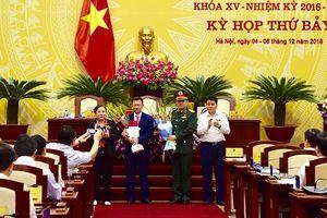 Miễn nhiệm và bầu bổ sung hai Ủy viên UBND Thành phố Hà Nội