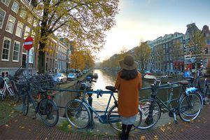 Khám phá Amsterdam - nơi xe đạp nhiều hơn dân số của thành phố