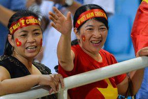 Gia đình nhiều cầu thủ đến sân Mỹ Đình 'tiếp lửa' cho tuyển Việt Nam