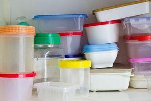 Những cách đơn giản giúp tránh tác hại của đồ nhựa đựng thức ăn