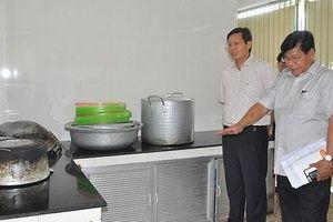 Tăng cường thanh tra, kiểm tra bếp ăn trường học có sự phối hợp của ban phụ huynh