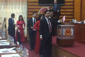 Giám đốc Sở VH-TT & DL Lạng Sơn có phiếu tín nhiệm thấp nhiều nhất