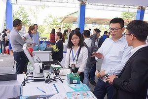 'Ông lớn' Microsolf hợp tác với hàng loạt doanh nghiệp Việt Nam
