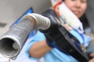 Hôm nay giá xăng dầu có thể giảm mạnh