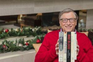 Tỷ phú Bill Gates giới thiệu 5 cuốn sách 'gối đầu giường' trong năm 2018