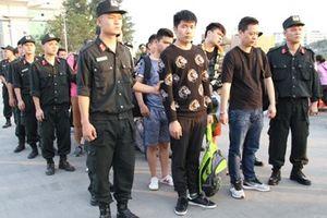 Bắt giữ nhóm đối tượng người Trung Quốc lừa đảo bán hàng qua mạng