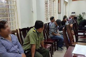 Bảo vệ thuộc VFF 'phe vé' trận Việt Nam – Philippines cùng 'cò vé' bị bắt như thế nào?