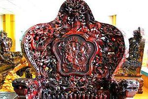 Chiêm ngưỡng đồ gỗ quý ngàn tuổi của đại gia Việt
