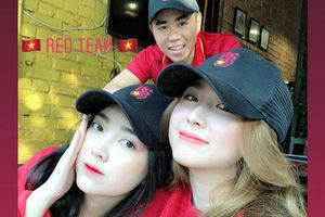 Dàn WAGs ĐT Việt Nam khoe sắc mừng vé vào chung kết