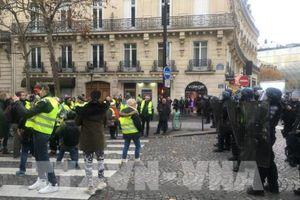Pháp: Hoạt động kinh doanh xăng dầu trở lại bình thường