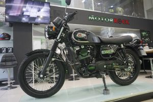 Cận cảnh xe mô tô hoài cổ Kawasaki W175 2019 Motorrock Limited Edition