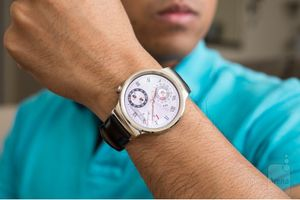 Đồng hồ Huawei Watch 1 và 2 nhận được bản cập nhật Wear OS mới giúp hoạt động nhanh hơn