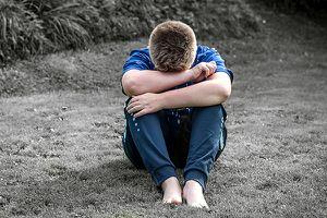 Có nên phạt trẻ bằng cách bêu riếu con trên mạng xã hội?