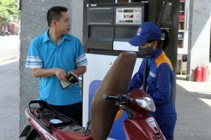 Giá xăng sẽ tiếp tục giảm mạnh?