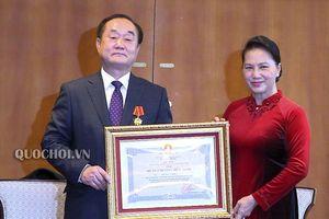 Chủ tịch Quốc hội Nguyễn Thị Kim Ngân gặp gỡ nhân sỹ hữu Nghị Việt nam - Hàn Quốc