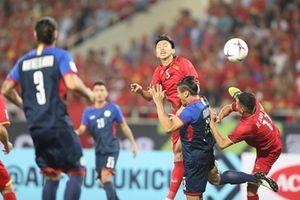 Vỡ òa hạnh phúc trong ngày ĐT Việt Nam giành vé vào chung kết
