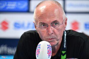 Huấn luyện viên Eriksson: Chúng tôi đã thua khi buộc phải thay đổi lối chơi