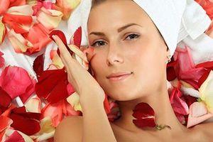 Lợi ích của nước hoa hồng với làn da
