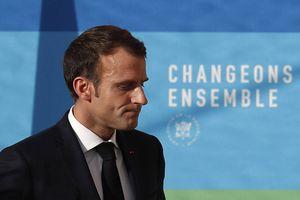 Pháp tuyên bố hủy tăng thuế, trấn an dư luận
