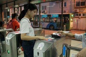 Thẻ vé điện tử liên thông: Lợi ích cả ba nhà