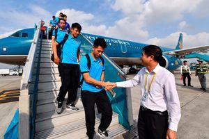 Tuyển Việt Nam bay sang Malaysia chiều nay, VNA tăng chuyến bay cổ vũ chung kết