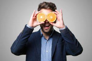 Ăn cam giúp giảm nguy cơ bị mù lòa