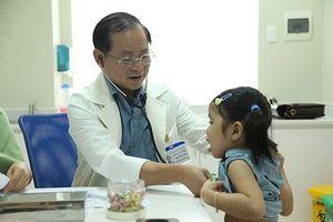 Trẻ bị viêm tai mũi họng vì nguyên nhân cha mẹ không ngờ tới