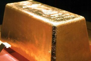 Giá vàng tăng khi đồng USD giảm giá