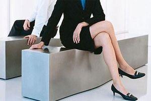 Ngồi bắt chéo chân - nguyên nhân của 5 bệnh