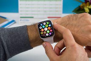 Apple Watch series 4 nhận bản cập nhật, đã có tính năng đo điện tâm đồ