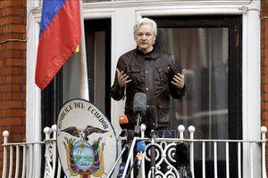 Ecuador muốn ông chủ trang mạng WikiLeaks sớm rời khỏi Đại sứ quán ở Anh